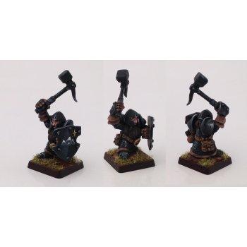 Armored dwarfs with shields